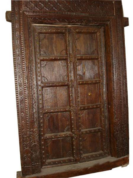 Antique solid wooden doors chandra shekhar exports for Vintage solid wood doors